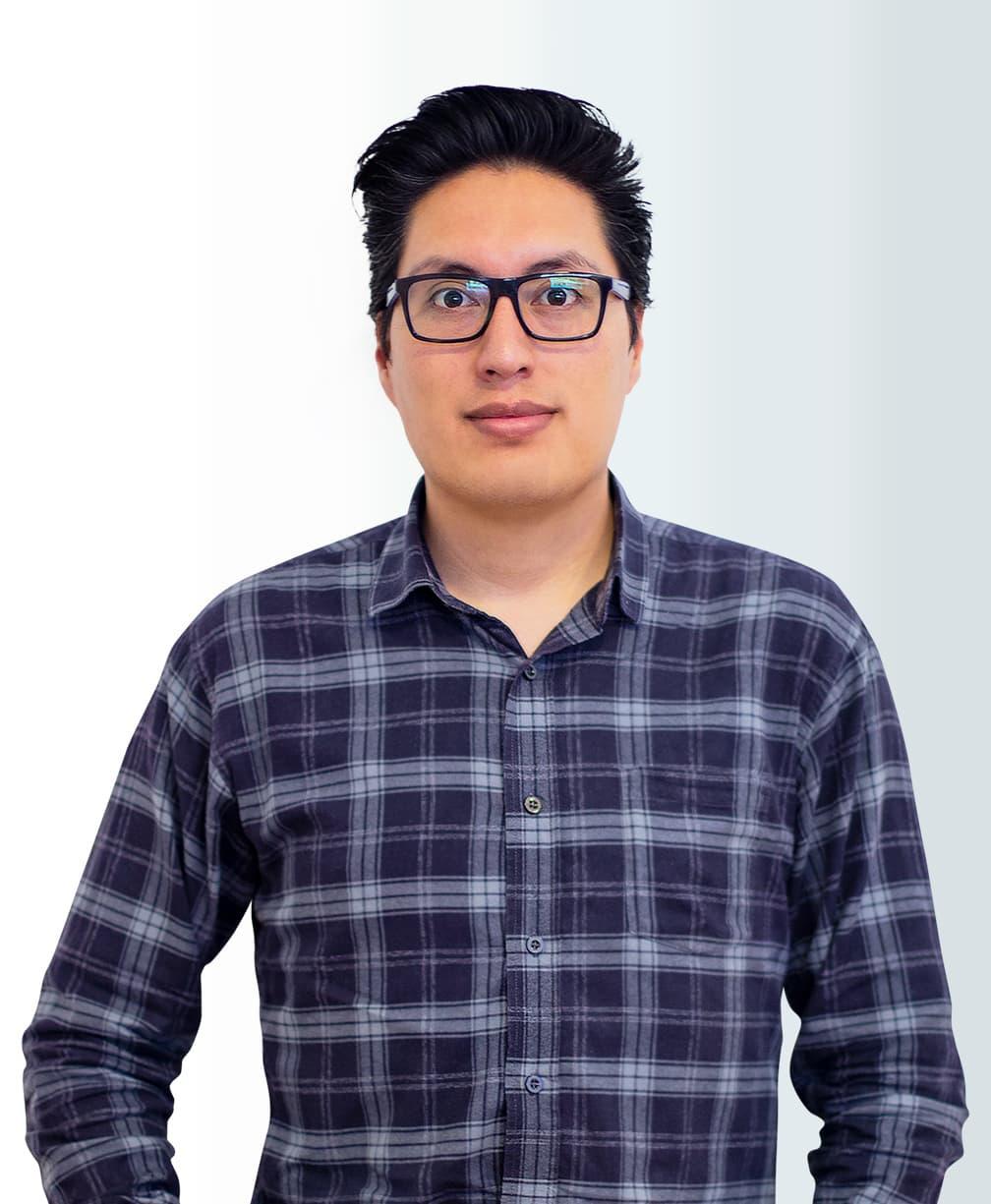 Daniel Cortez Headshot